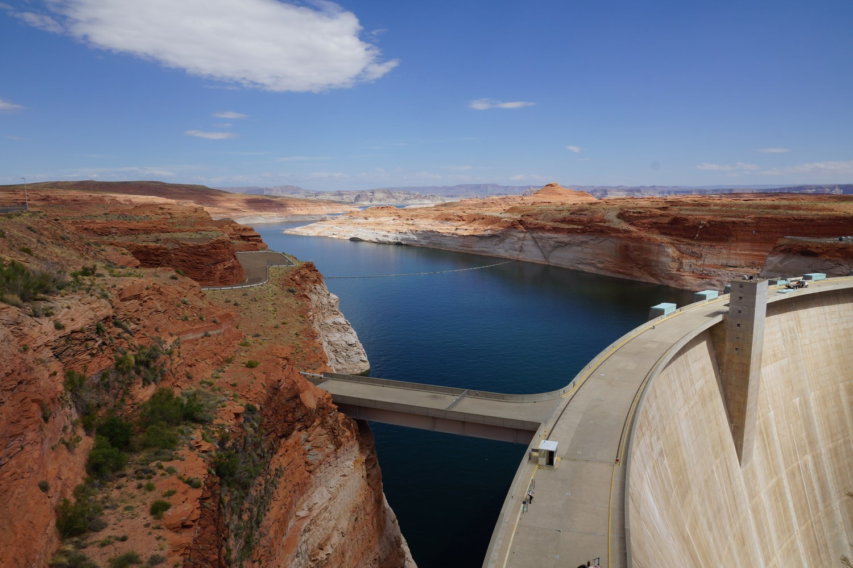 Le Gleen Canyon Dam. 216 mètres de haut !