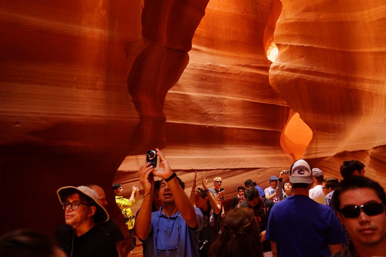 Là, ce ne sont que les deux groupes derrière nous. En tout, il doit y avoir une vingtaine de groupes différents en même temps dans le canyon.